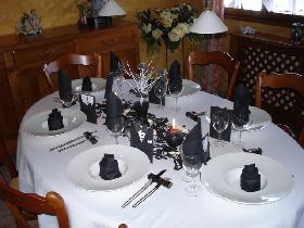 table chic italienne dresser la table. Black Bedroom Furniture Sets. Home Design Ideas