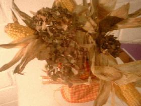 enfin, remplir les vides avec des petites fleurs d'hortensia