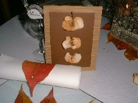 Carte d'automne aux pommes séchées